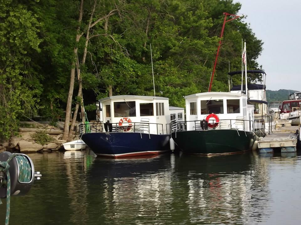 Champlain Houseboat Charters Lake Champlain Excursions